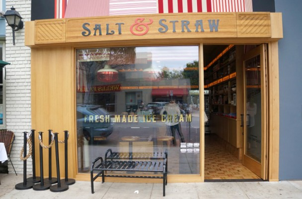 This is the new Salt & Straw storefront in LA. Photo is from LAWonders.net
